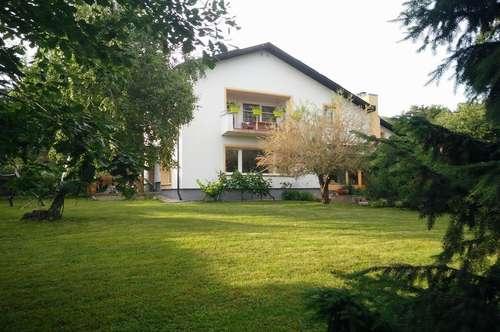 Einfamilienhaus auf ebenem Grundstück mit Fernblick in Ruhelage