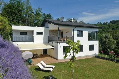 Wohnjuwel am Bartberg mit Blick auf den Wienerwaldsee