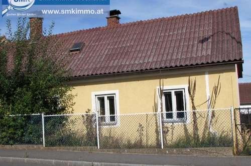 Renovierungsbedürftiges Haus mit uneinsehbarem Garten!