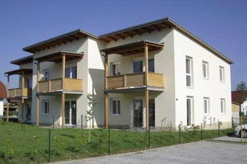 Kirnberg. 2 Zimmer | Balkon | Mietwohnung.