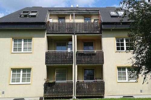 Schwadorf. Geförderte 3 Zimmer Mietwohnung | Balkon.