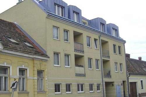 Hollabrunn-Zentrum. 2 Zimmer   Loggia   Miete mit Kaufrecht.