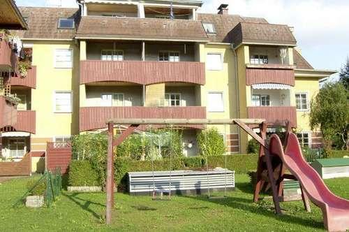 Gresten. Großzügige Eigentumswohnung | 3 Zimmer | Dachterrasse.