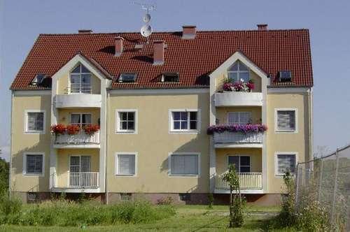 Zellerndorf. Geförderte 3 Zimmer Wohnung | Balkon | Mietwohnung.