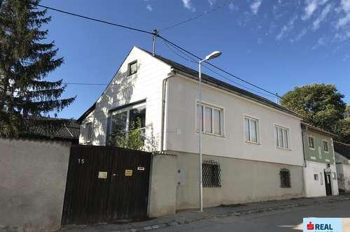 Teilsaniertes Haus mit viel Potential zu einer Wohlfühloase und nur 15 km von Wien entfernt