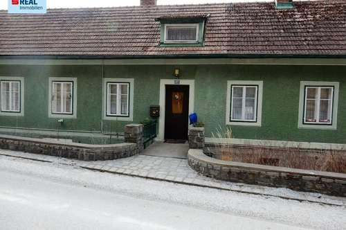 Romantisches Mehrfamilienhaus in Alleinlage