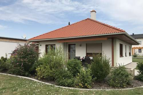 Barrierefreier 3 Zimmer-Bungalow in ruhiger Poysdorfer-Siedlungslage