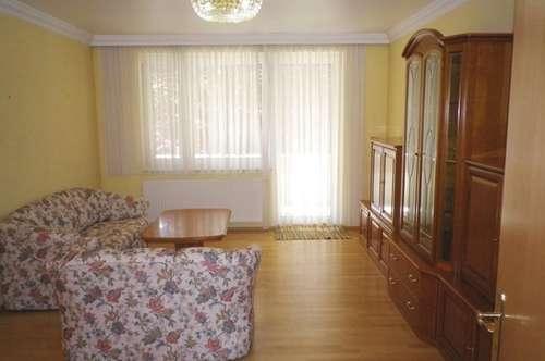 3 Zimmer Mietwohnung mit Loggia und Parkplatz
