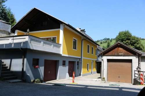 Wohnhaus, Lagerhalle und Gasthof zu verkaufen