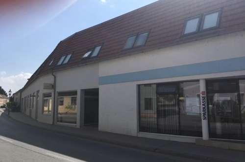 Miete: 2 Zimmer Wohnung mit Terrasse und Garage in Stetten