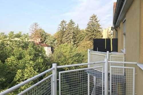 Wohnung mit Balkon und Stellplatz