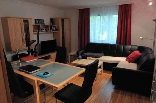 Zentrale 2-Zimmerwohnung im DG