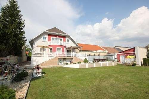 2463 Stixneusiedl, NAHE WIEN, großes Einfamlienhaus voll unterkellert, Garage, Pool, Gartenhaus!