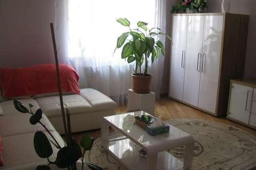 20., hochwertig renovierte 2 Zimmer Wohnung