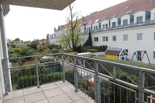 2 Zimmer Eigentumswohnung mit großem Balkon