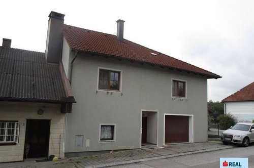 Wohnhaus mit kleinem Garten Nähe Hürm
