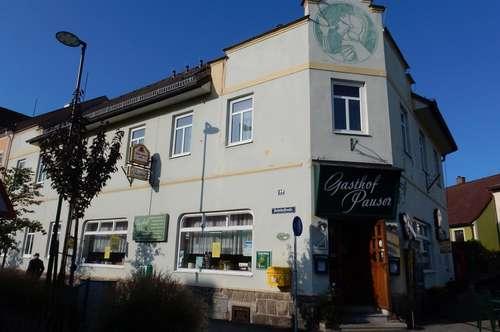 Gasthof mit Privatwohnung und acht Fremdenzimmer in Gmünd