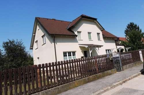 Großzügiges Zweifamilienhaus in Bisamberg