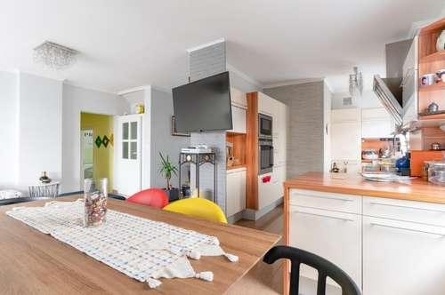 modern - großzügig - hell: Einfamilienhaus in Straß