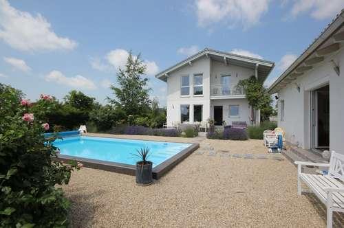 7122 Gols, Energie/Ruheoase - wunderschönes Eckgrundstück mit Nebengebäude und Swimmingpool im Bieterverfahren!