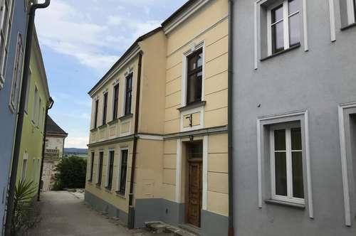 Romantisches, stilvolles, zentrumsnahes Stadthaus in absoluter Ruhelage