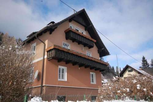 Ein-/Zweifamilienhaus in Feld am See