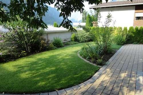 ANLAGEOBJEKT: Neuwertiges Mehrfamilienhaus mit 4 getrennte Wohneinheiten - gute Rendite!