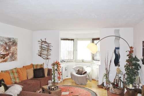 PREISREDUZIERT! Mehrfamilienhaus mit drei getrennten Wohneinheiten & Erweiterung möglich!