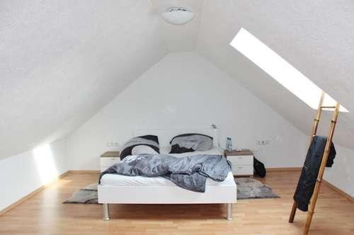 Mehr Lebensqualität - Dachgeschoßwohnung zum Kaufen!