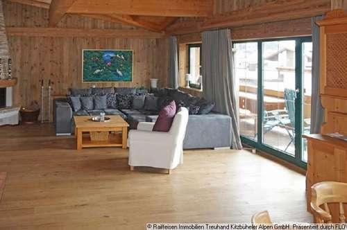 Miete: Dachgeschosswohnung im Tiroler Stil in Kirchberg in Tirol