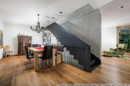 Kauf: Modernes Architektenhaus mit 3 Wohneinheiten in St. Johann in Tirol