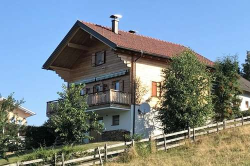 Charmantes Holzhaus in sonniger Ruhelage