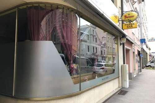Kleines gemütliches Cafe im Zentrum !