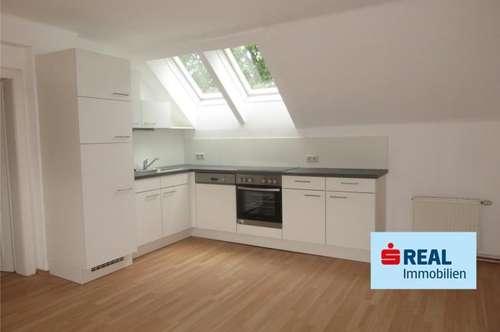 Neu sanierte ca. 70 m² Mietwohnung - Top Zustand