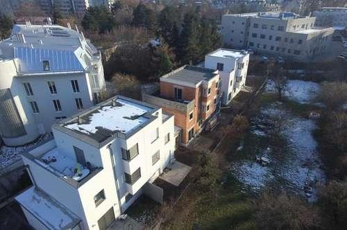 KURZ VOR FERTIGSTELLUNG -- Reihenhäuser in ausgezeichneter Lage direkt in Wiener Neustadt