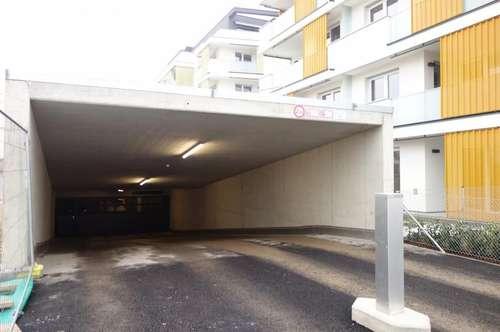 Ihr Auto auf einem sicheren Parkplatz in einer gesicherten Tiefgarage - Korneuburg