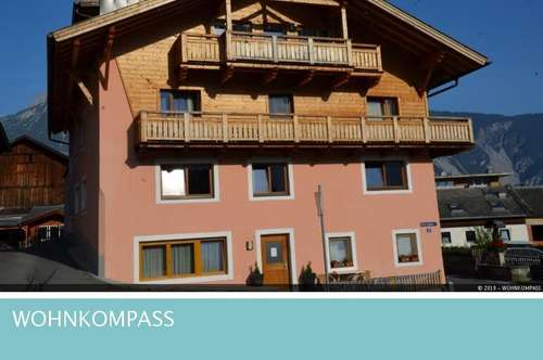 Sautens: Wohnhaus mit 10 Mietwohnungen, Eigentümerwohnung und Gastlokal
