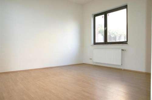 fertig renoviert ! Gainfarn bei Vöslau: 2-Zimmer, offene Küche mit 62m² + Garten-Nutzung: