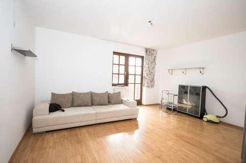 Baden: unweit des Zentrums / unweit der Natur: 2-Zimmer-Wohnung mit südlichem Balkon