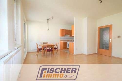 Gepflegte 3-Zimmer-Wohnung mit Tiefgaragenplatz/73