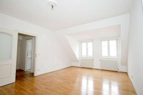 Bestlage mitten im Zentrum: TOP Dachgeschoß - Wohnung