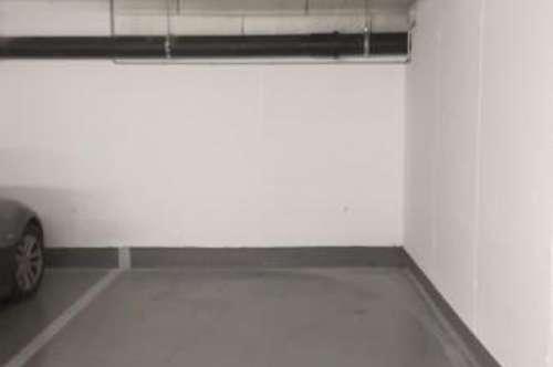 GARAGENSTELLPLATZ : LEOPOLD-BÖHM-STRAßE 2