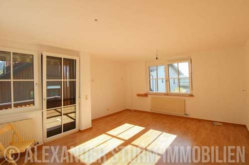 HALLWANG-ESCH |Gemütliche 2 Zi.-Wohnung mit Balkon und Doppelcarport