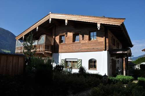 Luxuslandhaus in Top Lage