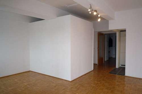 PROVISIONSFREI - 43 m² Mietwohnung - 2 Zimmer - im Süden von Klagenfurt + SÜDBALKON - Generalsaniert