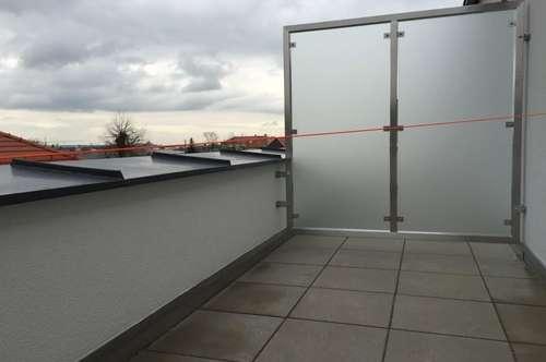 Schöne Dachgeschoss Wohnung in Brunn/Gebirge | ZELLMANN IMMOBILIEN