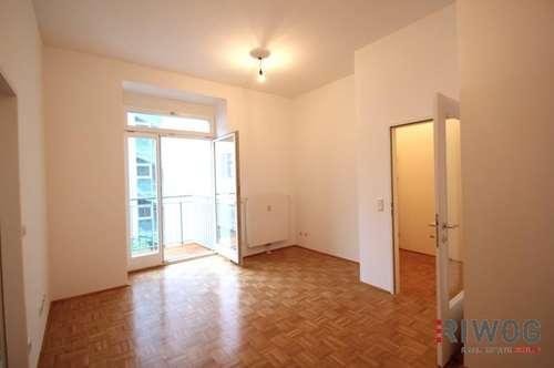 ***Wohlfühlen in sonniger Hofruhelage - Balkon - Vollausgestattete Küche - saniertes Haus***