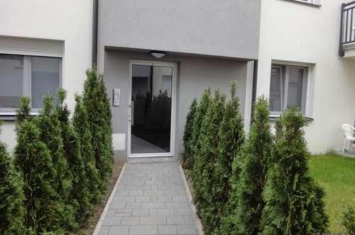 **ERSTBEZUG: ca 51 m², 3- ZIMMER BALKONWOHNUNG in Ruhelage in Kapellerfeld