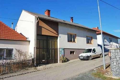 Einfamilienhaus mit Pferdehof, Obj. 12434-SZ