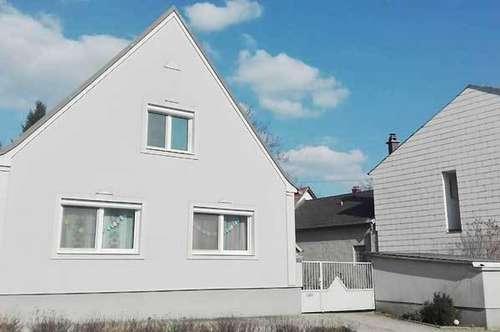 Komplett renoviertes Einfamilienhaus, Obj. 12424-SZ